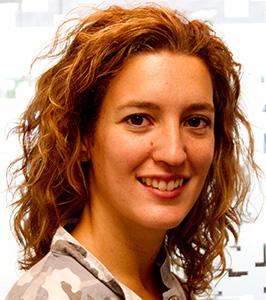 Ana Fuertes Odontóloga Especialista en Odontología IntegradaNº Colegiado: 08005863 - ana-fuertes