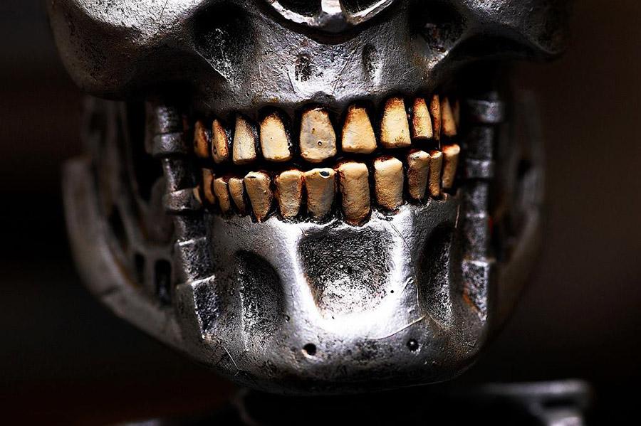 Periimplantitis: la principal amenzada de los implantes dentales