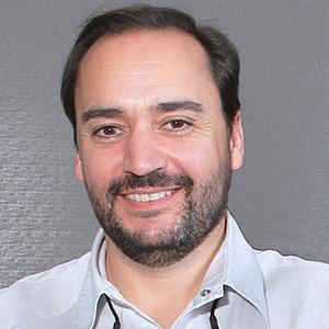 Dr. Santiago Cervera